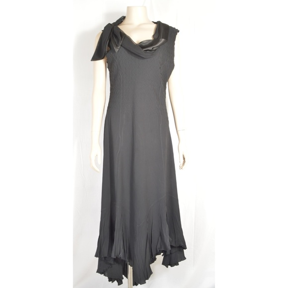 Komarov Dresses & Skirts - Komarov dress SZ L black crinkle material cowl nec